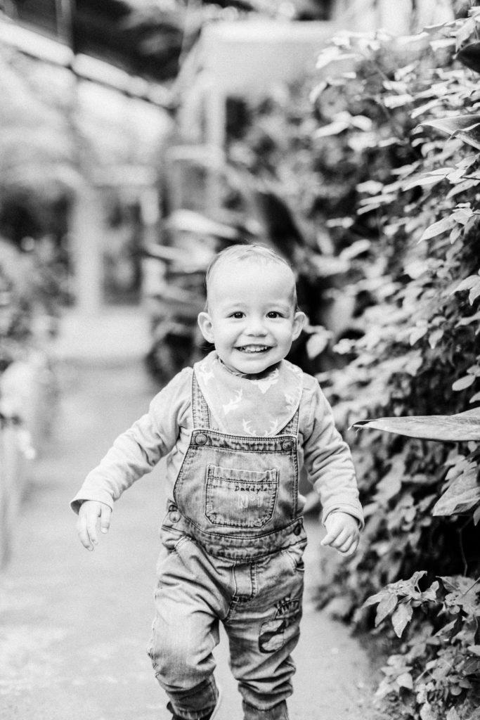 Kinder Familienfotografie Babybauchshooting Würzburg botanischer Garten